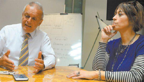 Xipolitakis no habla porque no puede defender lo indefendible