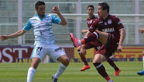 Lanús se lo empató a Belgrano con el último suspiro
