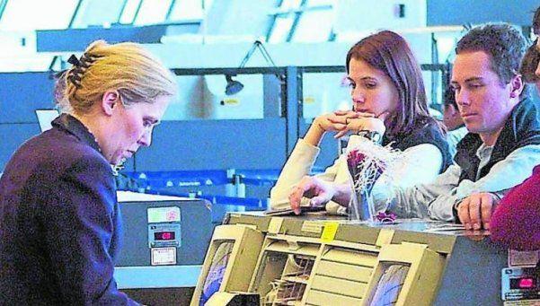 Destacan beneficios de la devolución del IVA a turistas