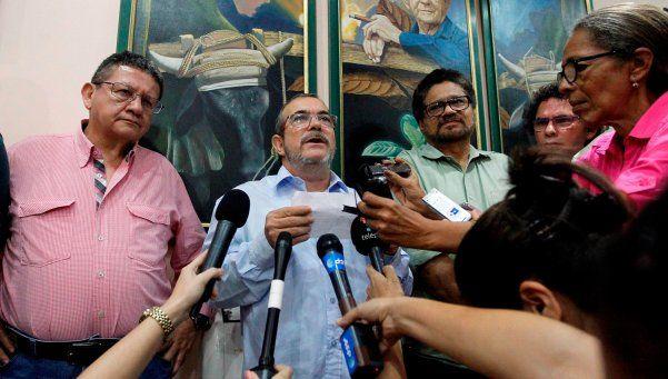 FARC y gobierno colombiano logran nuevo acuerdo de paz