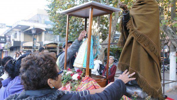 Devotos del Cura Brochero viajan de Bosques hasta Córdoba