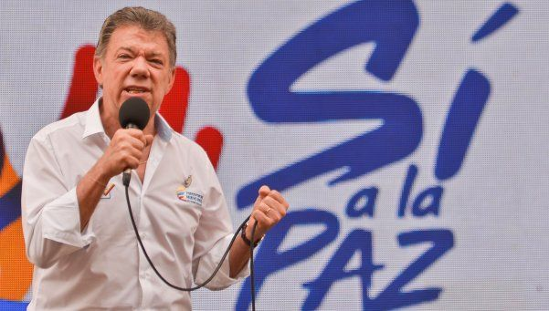 Santos se reunirá con ex presidentes de Colombia