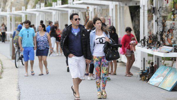Más de un millón trescientos mil turistas se movilizaron durante el fin de semana largo