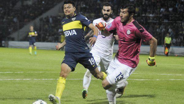 Boca empató en un final bochornoso y Olimpia decidió abandonar
