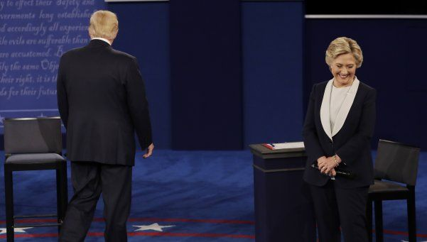 Donald Trump amenazó a Hillary Clinton con enviarla a la cárcel