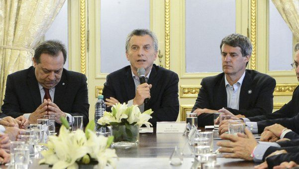 Macri, Sturzenegger y Prat-Gay, imputados por las Lebac