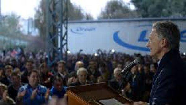 Cuatro meses después de visita de Macri, Drean suspende a 1.500 empleados