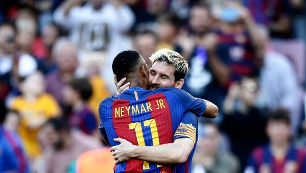 Messi volvió, la mandó a guardar y el Barcelona goleó al Deportivo