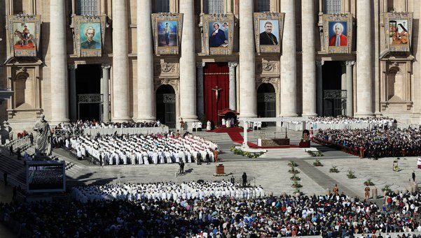 Histórico: Brochero ya es santo, el primero nacido y muerto en Argentina