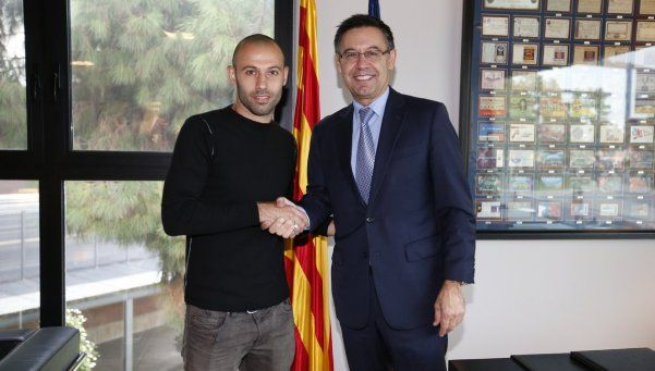 Mascherano renovó contrato con Barcelona hasta 2019