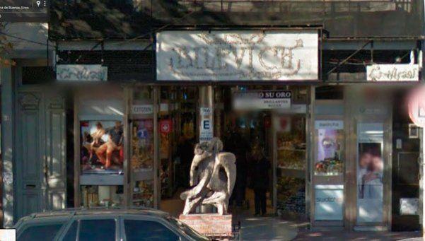 Boqueteros robaron una joyería: se llevaron $250.000 en relojes