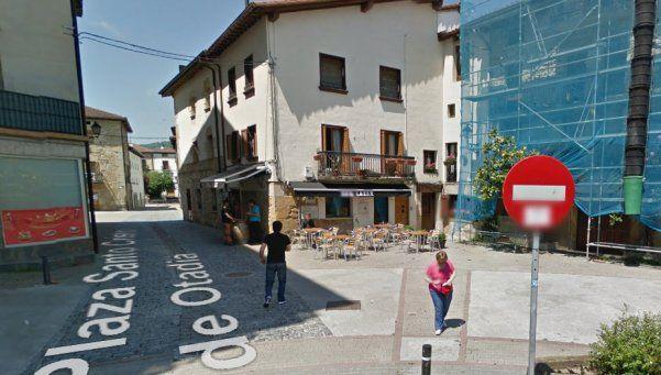 España: policías reciben paliza colectiva cuanto estaban en bar