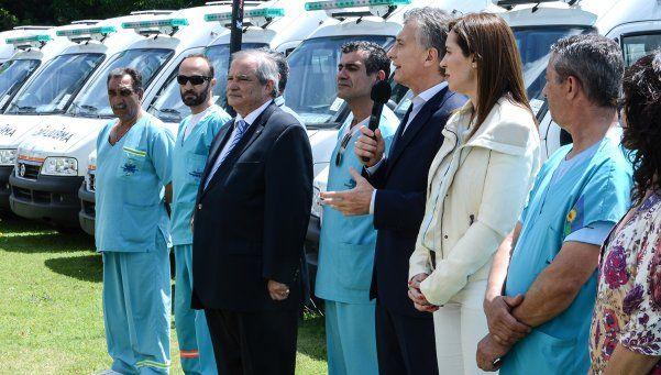 Macri entregó ambulancias a la Provincia y respaldó a Vidal