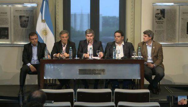 Gobierno, CGT y empresarios acordaron un bono de $2.000 de base