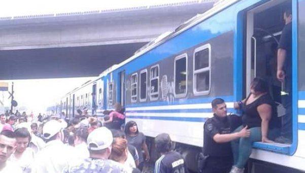 Los trenes del Belgrano Sur, nuevos y con problemas