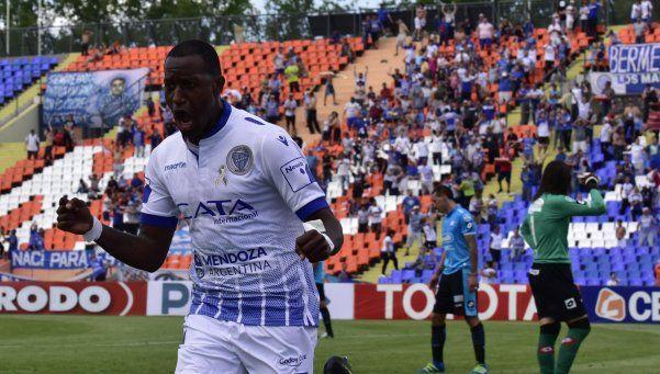 Godoy Cruz se aprovechó del mal momento de Belgrano