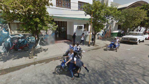Alumno atacó con un machete a profesora que lo desaprobó