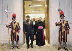 Francisco se comprometió con Maduro a integrar una mesa de diálogo