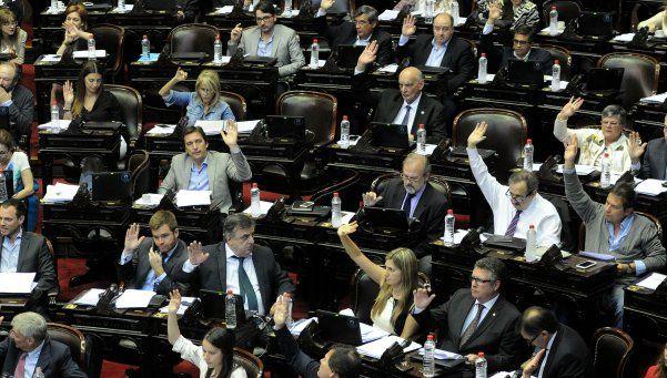 Con final incierto, sesiona Diputados por Ganancias