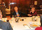 Macri almorzó con vecinas del Conurbano en Casa Rosada
