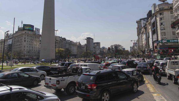 Microcentro: triplican zona de prohibición para autos