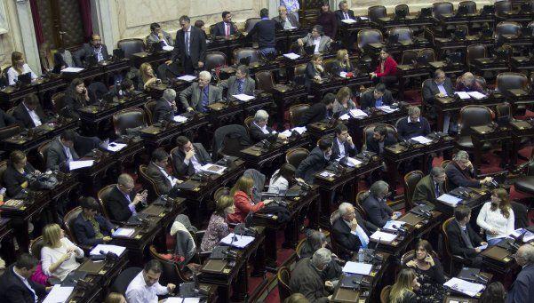 El massismo se unió al kirchnerismo para frenar ley impulsada por Macri