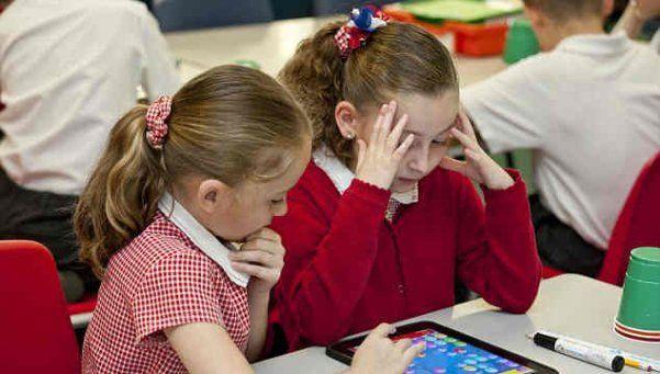 Se podrán usar celulares y tablets en el aula con fines pedagógicos