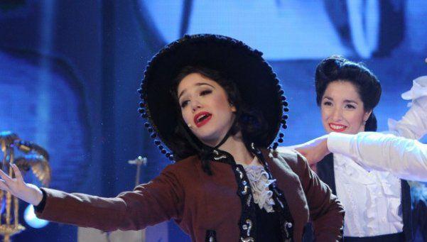 Bailando: Angela Torres fue Lolita