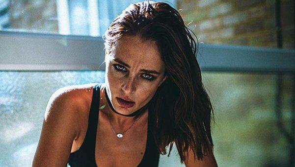 Fotos Hot | El desnudo total y transpirado de Tess Georgia
