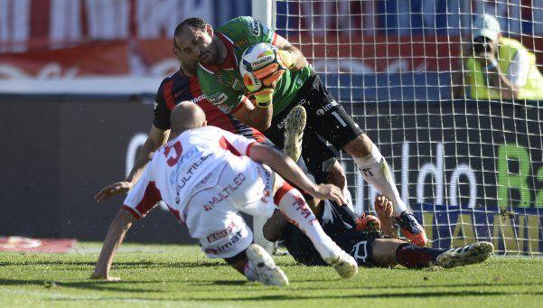 San Lorenzo derrotó a Huracán, en un clásico con polémicas