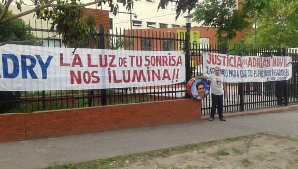 Padre de joven asesinado hace huelga de hambre