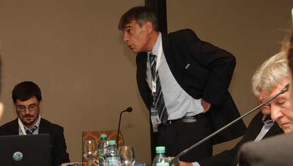 AFA: una reforma europea, para problemas argentinos