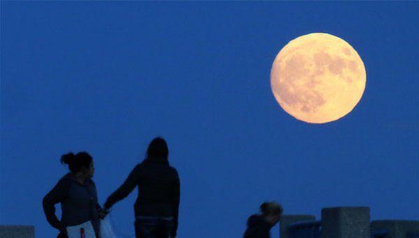 Galeria de fotos   Así se vio la Superluna en el mundo