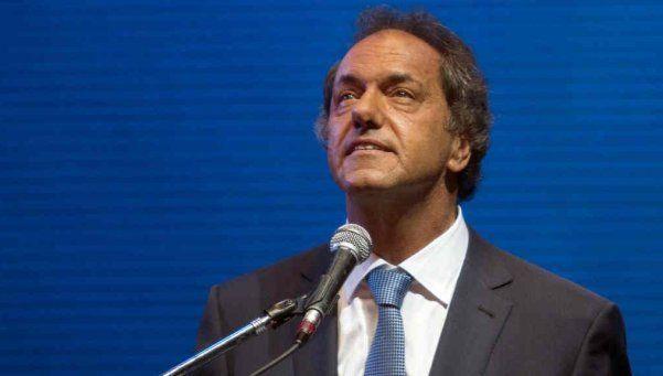 """Scioli: """"El gobierno quiere la flexibilización laboral"""""""
