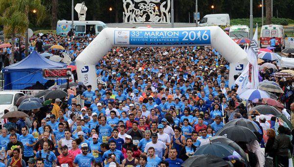 La maratón volvió a teñir de color y pasión las calles