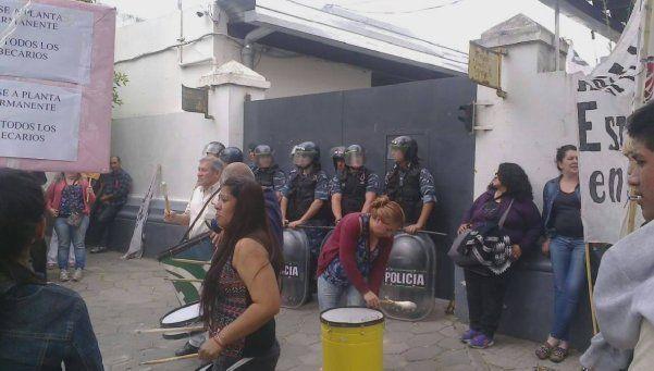 Preocupación por despidos y tercerizaciones en hospitales de Lomas
