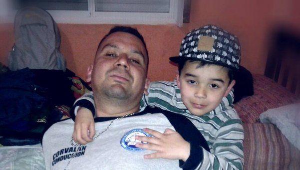 Murió el niño cuyo padre rogaba para que no lo desconecten