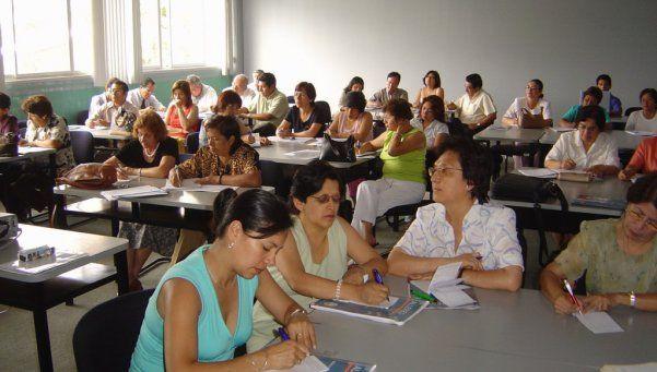 Gobierno porteño cambia por decreto el sistema de puntaje docente