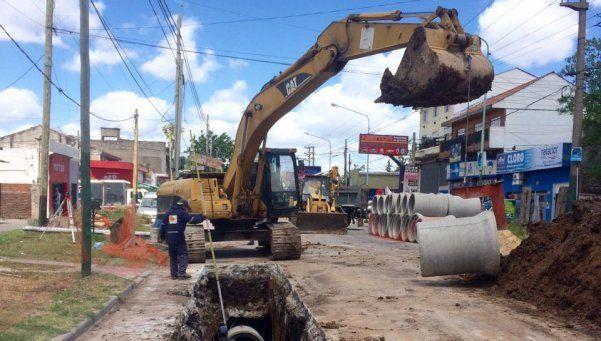 Extenderán las redes de agua y cloacas en el distrito