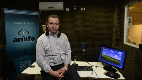 Gustavo Schweitzer, la voz radial de la Comuna 4