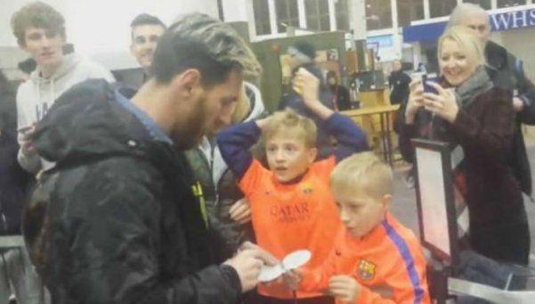 Los niños escoceses que se emocionan cuando conocen a Messi