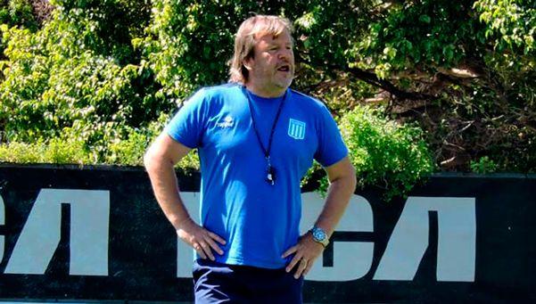 Zielinski no siente que el domingo se juegue el cargo