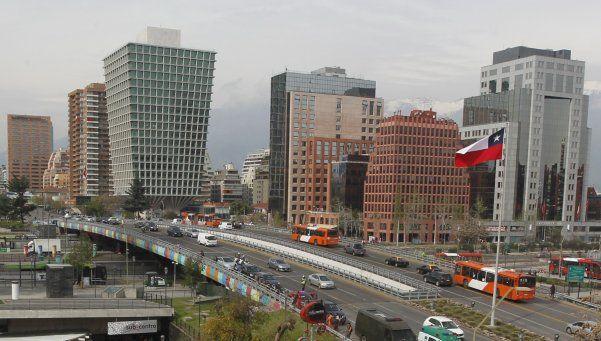 Alertan por estafas y robos en tours de compras a Chile