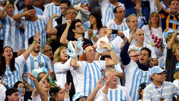 Más de 5 mil argentinos copan Croacia: Somos locales otra vez