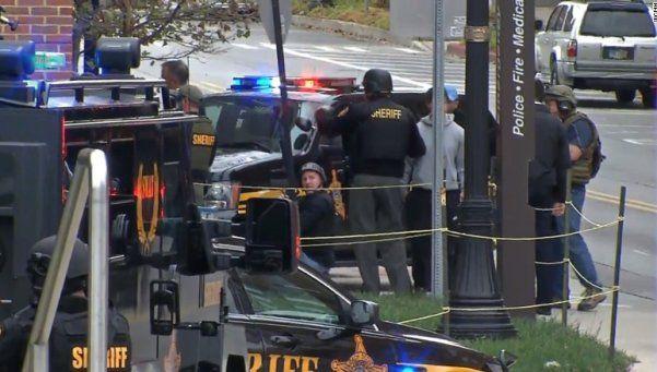 Ohio: otra vez un tirador siembra el terror en universidad de EEUU