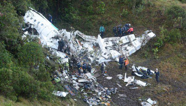 Se estrelló el avión del Chapecoense en Colombia: 71 muertos y 6 sobrevivientes
