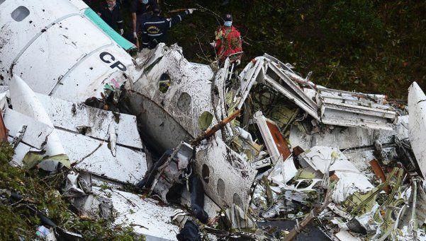 Oficial: el avión de Chapecoense no tenía combustible al momento del accidente