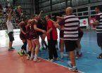 Lanús festejó en handball y habrá clásico en el Super 4