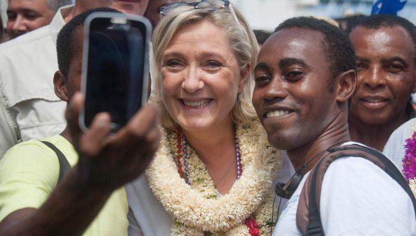 Francia: ultraderecha pide fin a educación gratuita para extranjeros ilegales