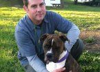 Video | Una perra se despide de su dueño antes de que lo desconecten